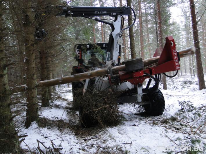 Машини за дърводобив HYPRO 755 НB с колесар и кран 7,5 м 5
