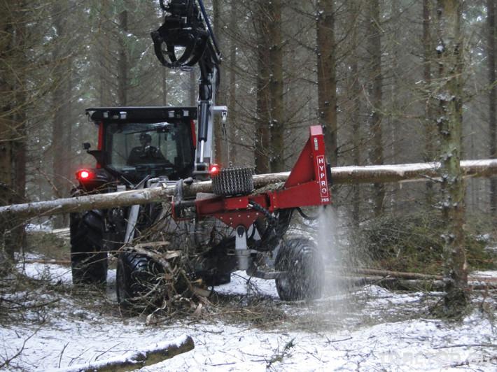Машини за дърводобив HYPRO 755 НB с колесар и кран 7,5 м 12