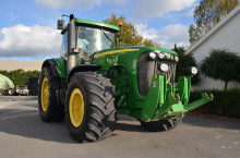 John-Deere 8220 Powershift TLS